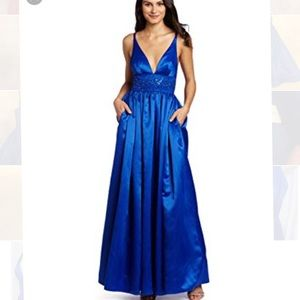 New Jessica Simpson blue deep v neck gown